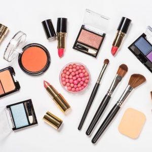 Dlaczego warto kupować kosmetyki w hurtowniach kosmetycznych?